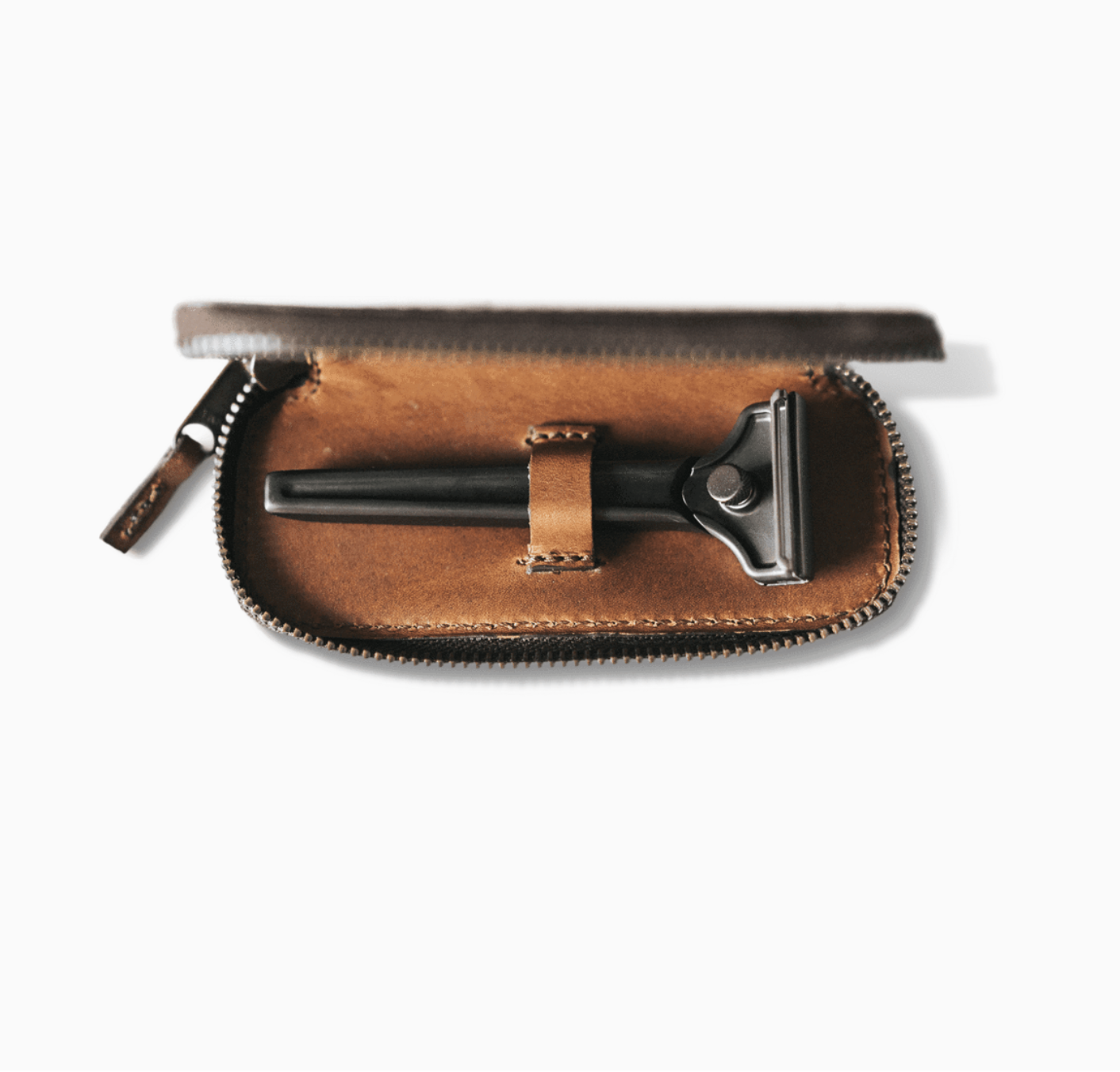 The Single Edge Travel Case