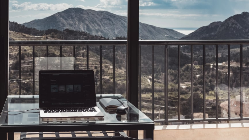 Laptop remote working picture