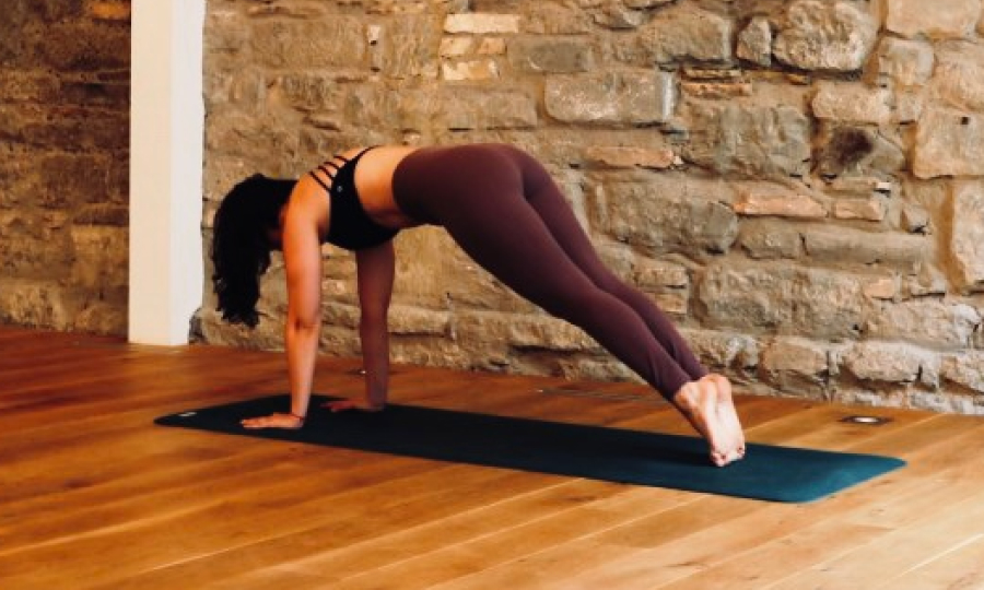 Strength training and yoga - the significant workout effects on the yoga mat