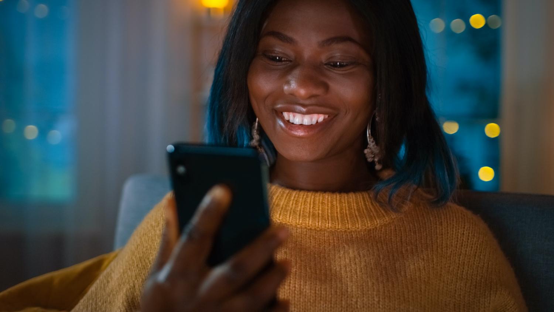 Resident using mobile apartment app