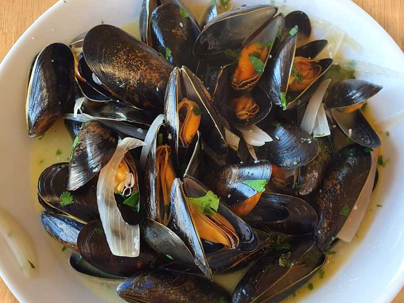 The Crab Shed Salcombe for fresh Devon mussels