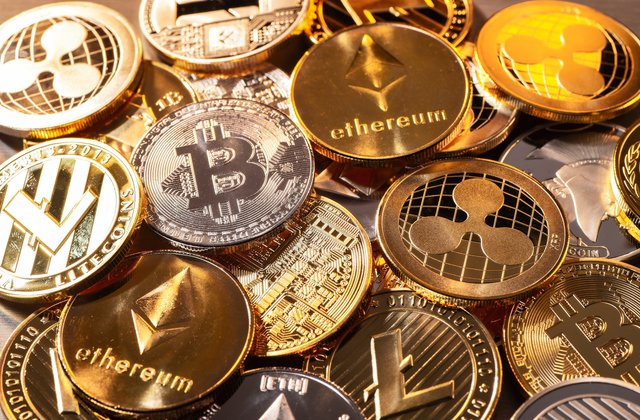 Pile of gold Bitcoin cryptocurrency