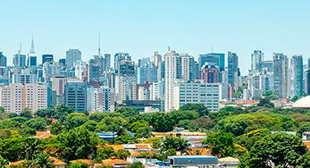O mercado imobiliário está otimista em 2021. Segundo o Secovi-SP, Sindicato da Habitação, o ano de 2020 foi surpreendente e literalmente entrou para a história no quesito venda de imóveis.