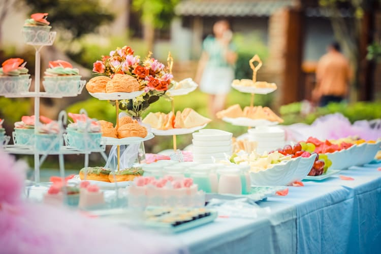 delicious party food catering