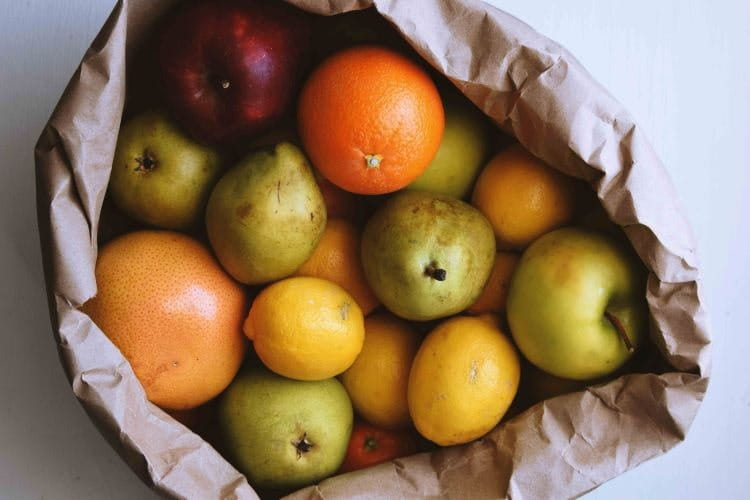sustainable catering - source local fresh fruit for the office