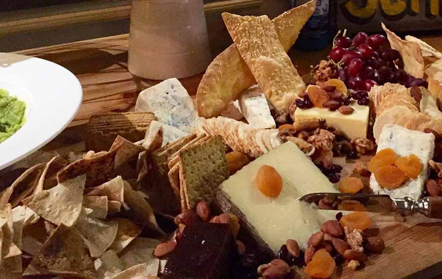 cheese platter - art kitchen corporate catering
