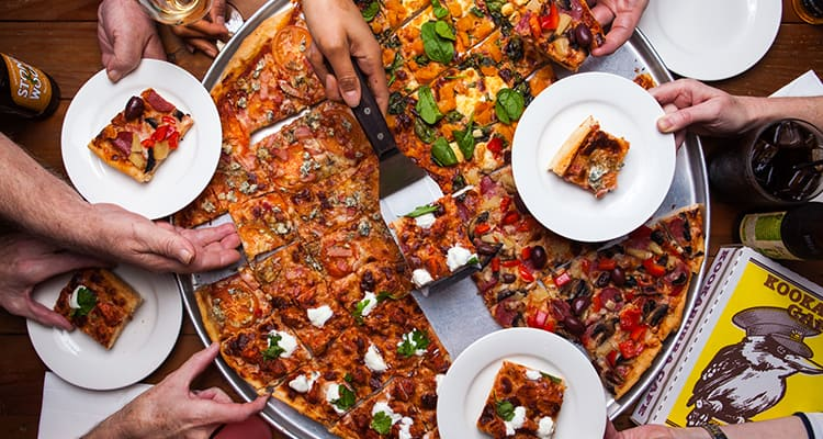 Kookaburra Cafe party pizza catering