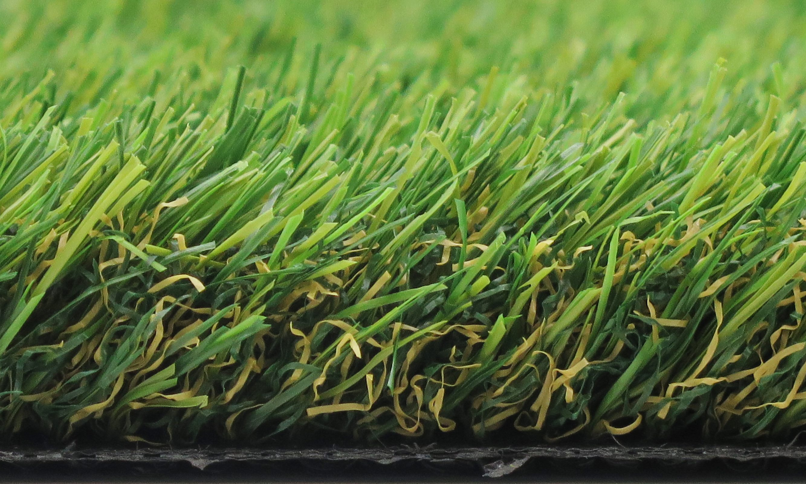 Luxury Canine 38 Artificial Grass 2M