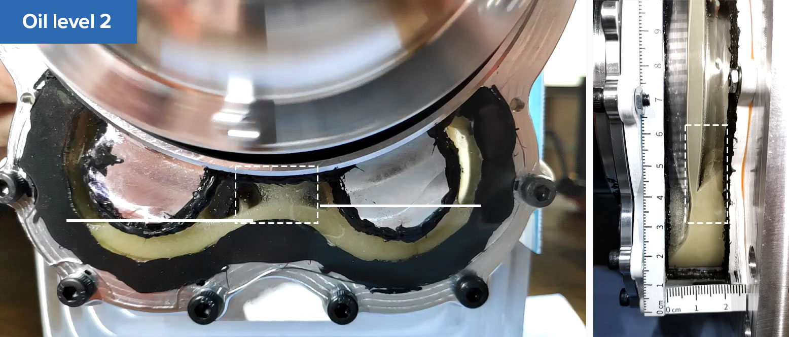 Comparing the oil distribution in the testbench with transparent inserts built by Tufast team.
