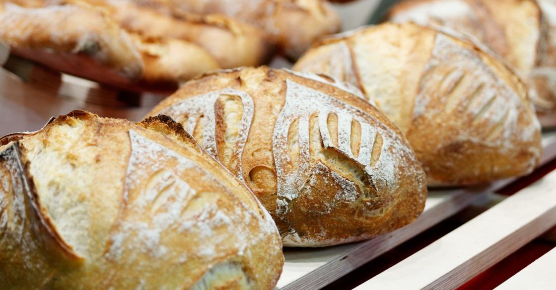 Artisan bread at the farmer's market