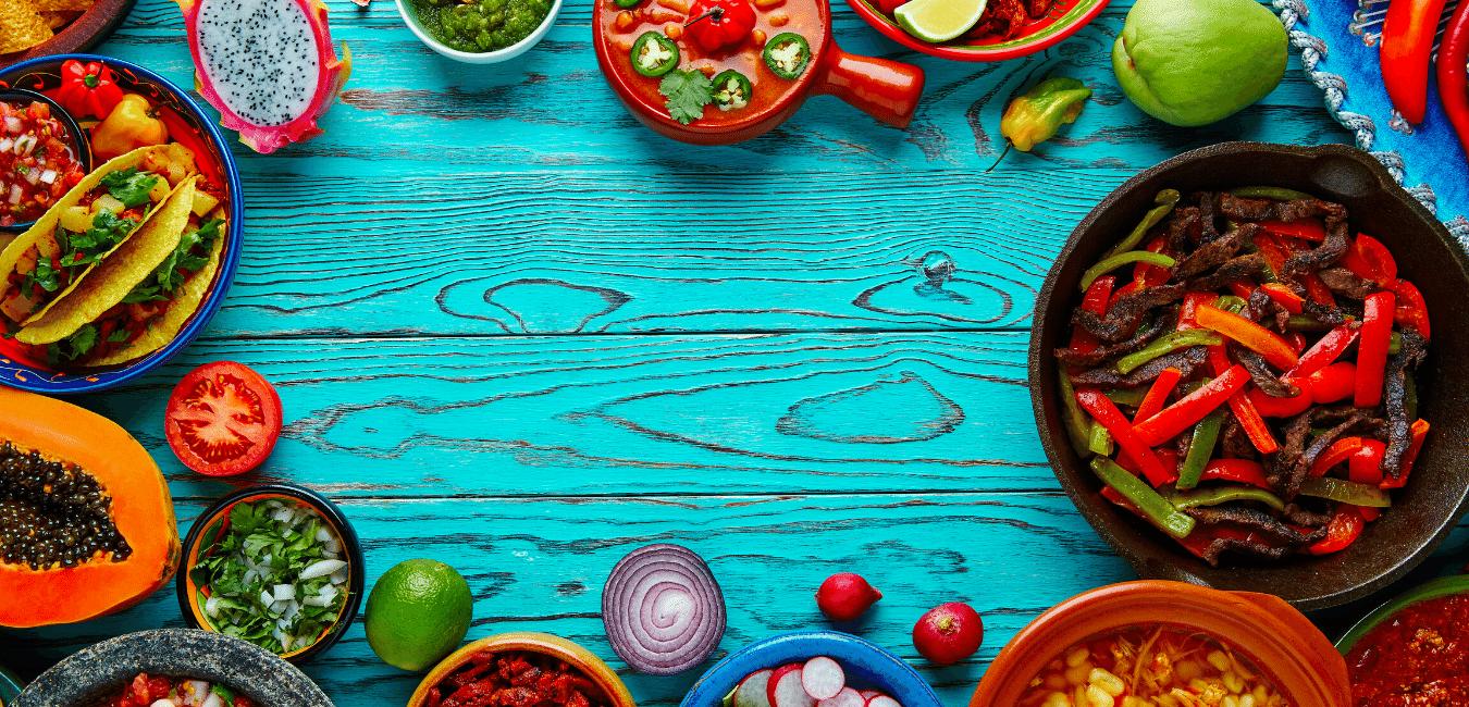 Diversos platillos de comida mexicana