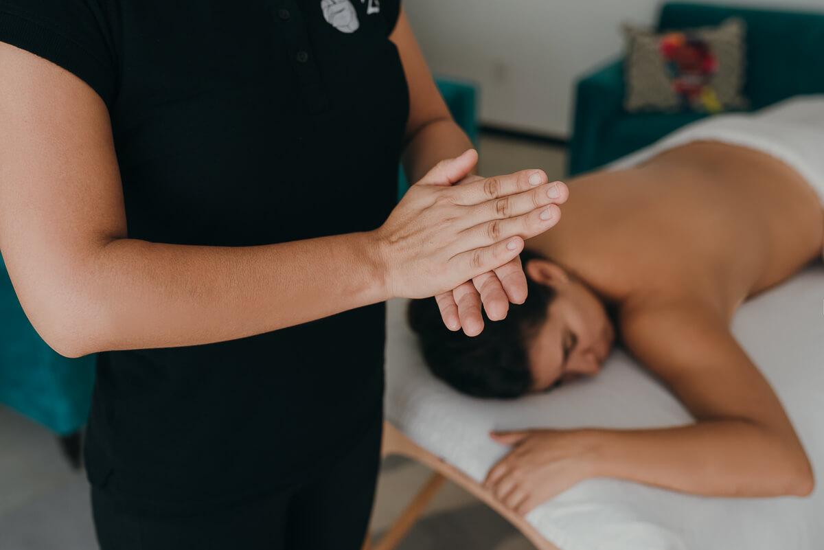 El masaje en pareja es una experiencia única de relajación con tu ser amado. Agenda el tuyo en CDMX, Guadalajara, Playa del Carmen y Cancún.