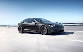 Tesla Model S reaches 400 mile range