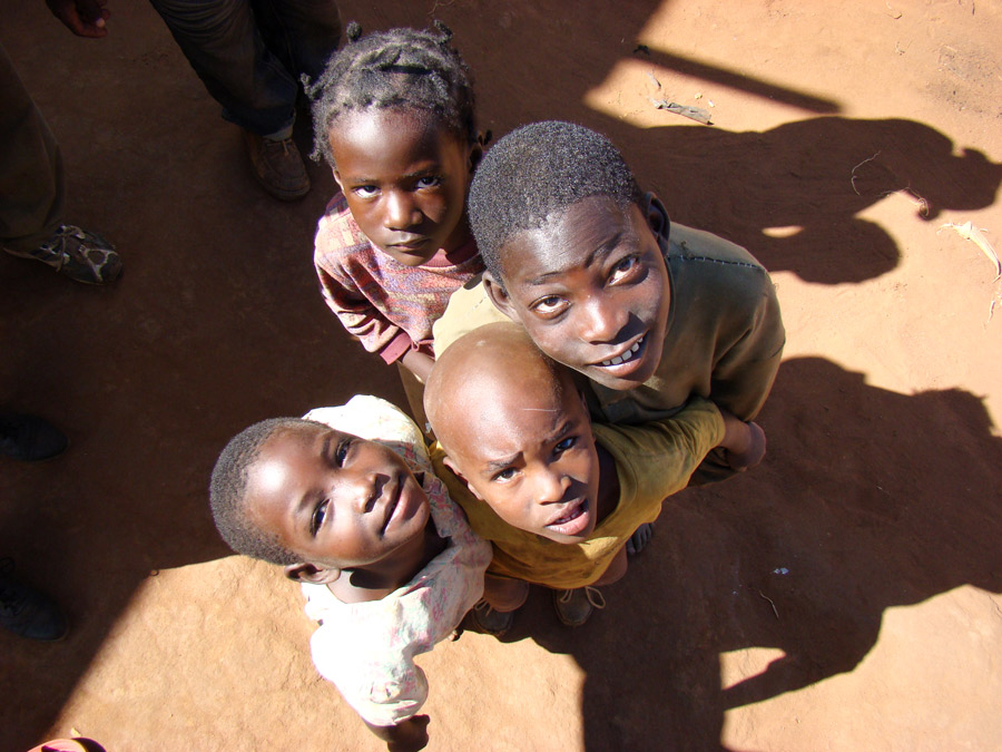 Kids looking up in Dzaleka camp