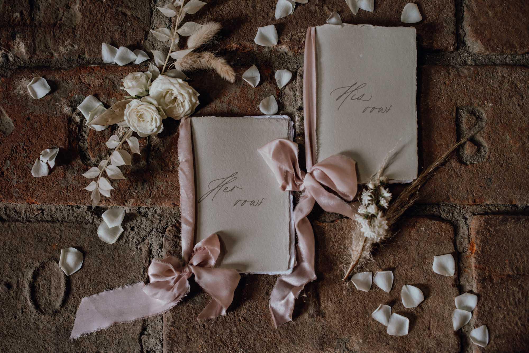 Rustikal trifft Fine Art: Hochzeit in der Schmiede Ravelsbach