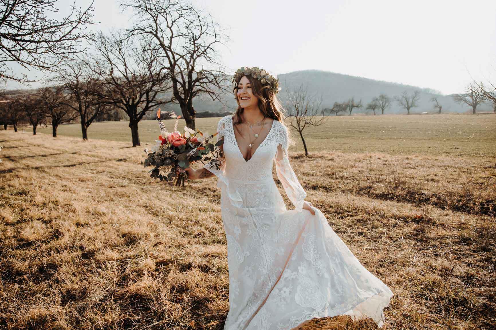 """Brautmode """"Der Hochzeitsladen"""""""