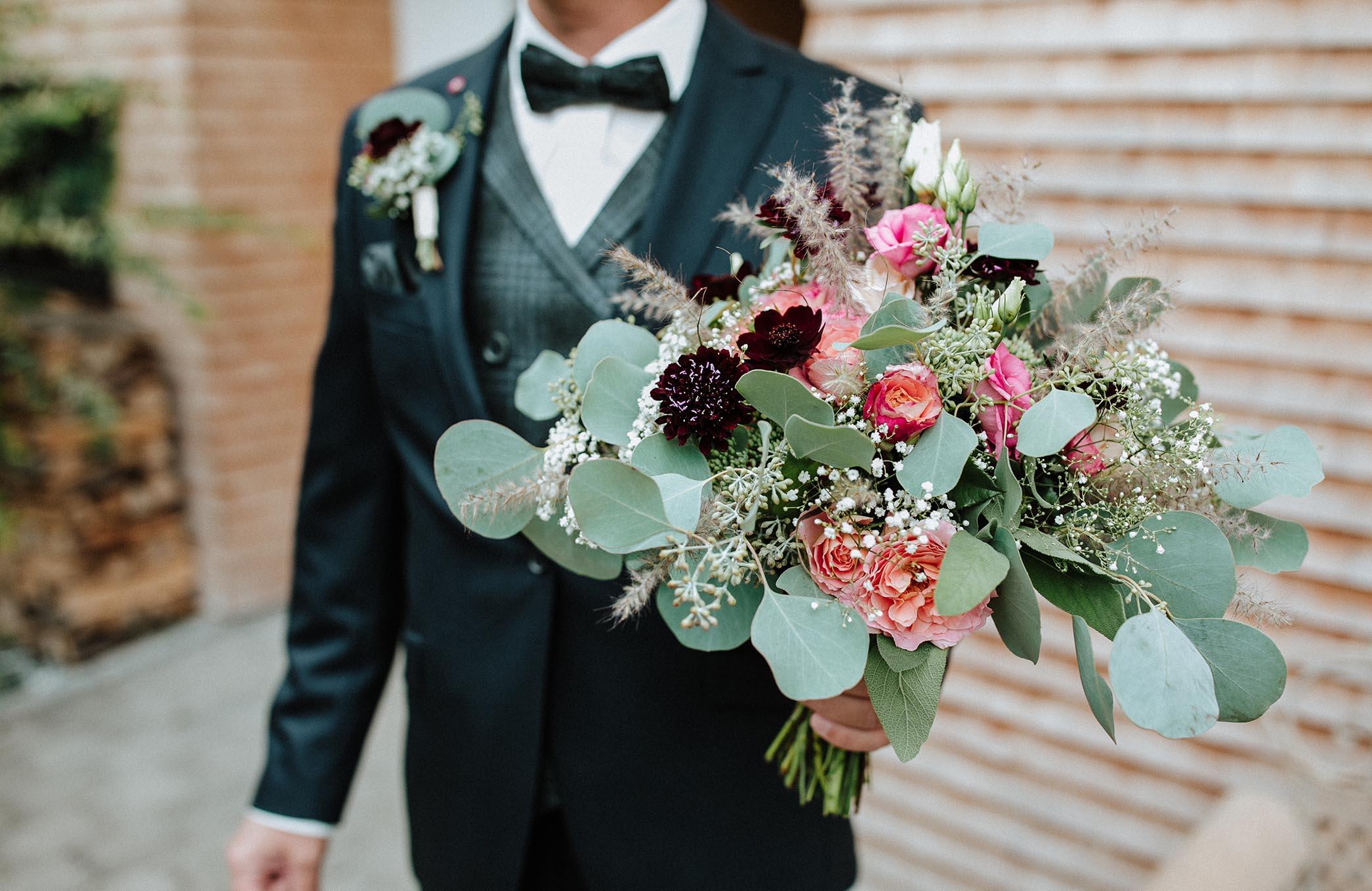 Flora Blumen & Dekor | Hochzeitsfloristik