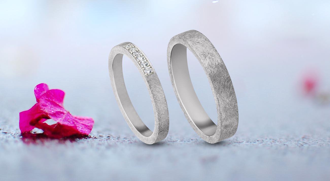 EQUIV Jewelry | Trauringe & Brautschmuck
