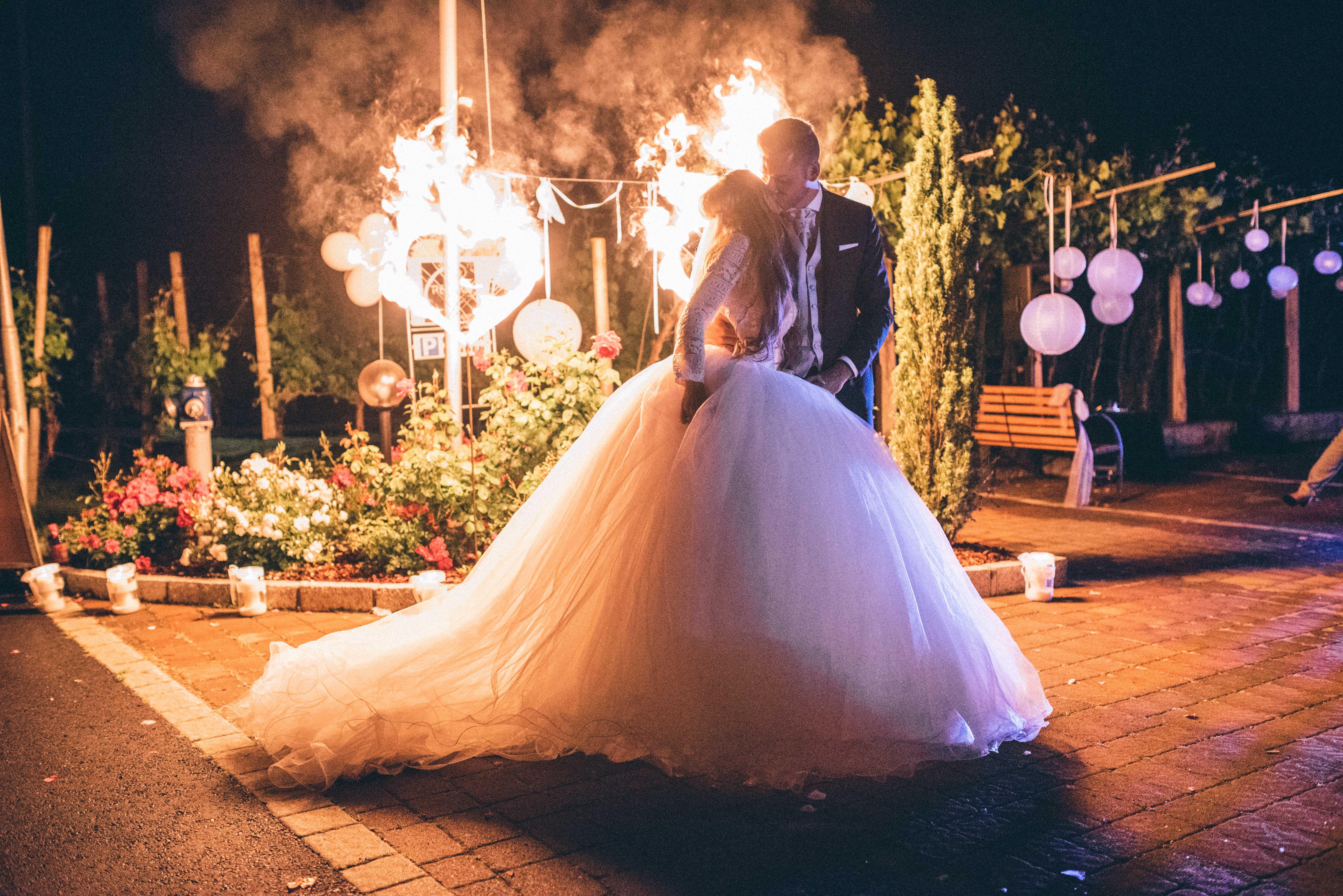 Tom Veith | Feuer- & Zauberkünstler für eure Hochzeit