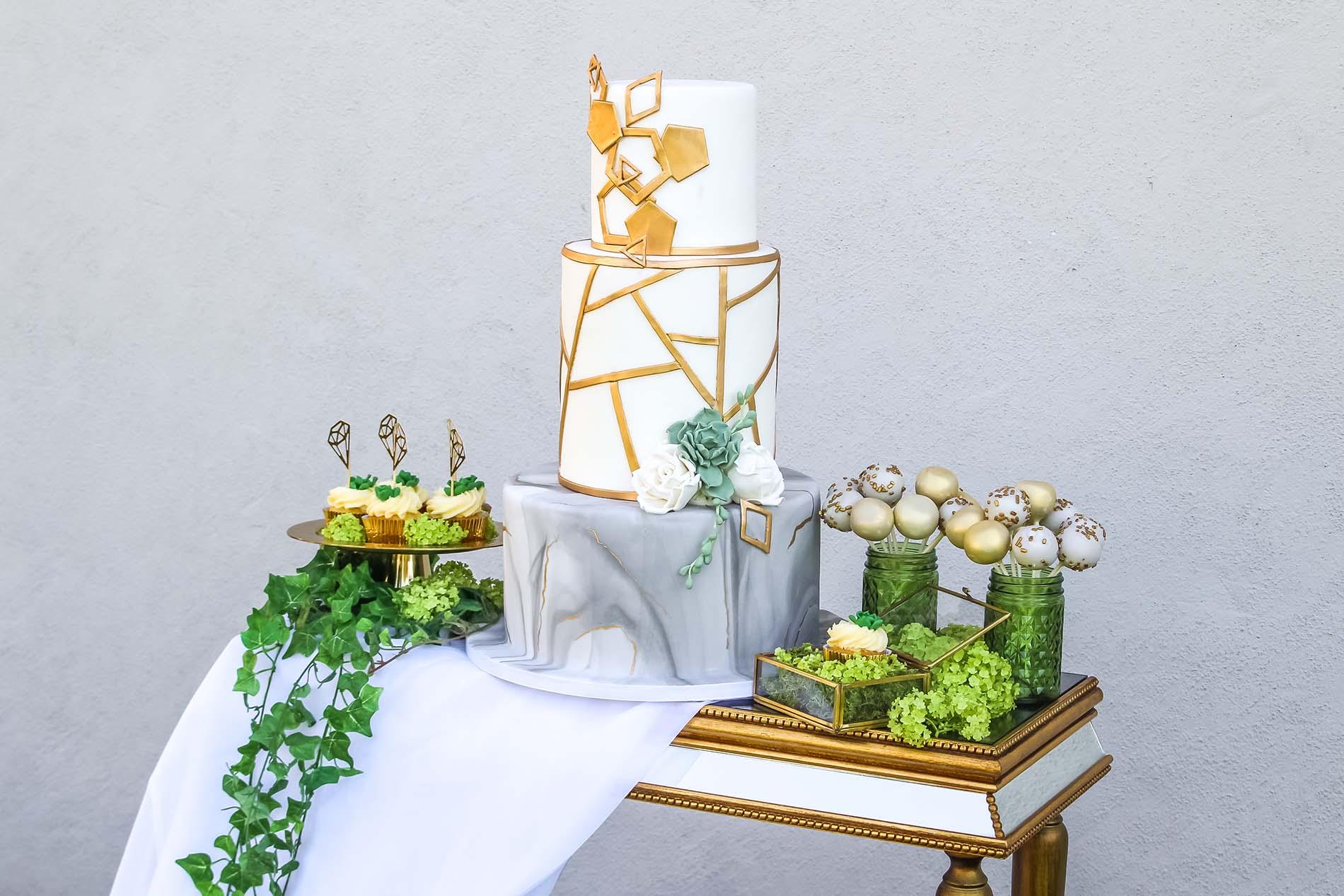 Hochzeitstorte & Co von Renates Torten Design