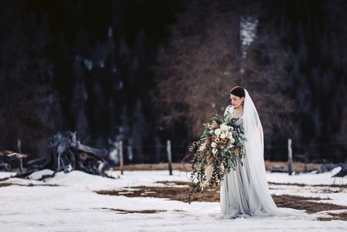 Rustiek-belegante winterbruiloft in de Nockberge