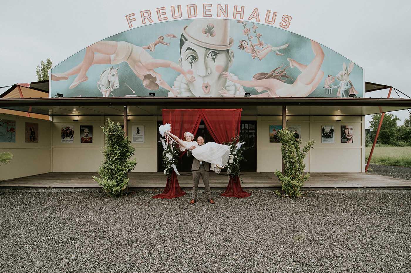 """Hochzeitslocation """"Freudenhaus"""""""