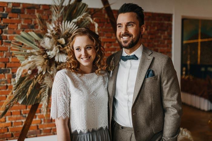 Boho-Hochzeit mit spannenden Farbakzenten