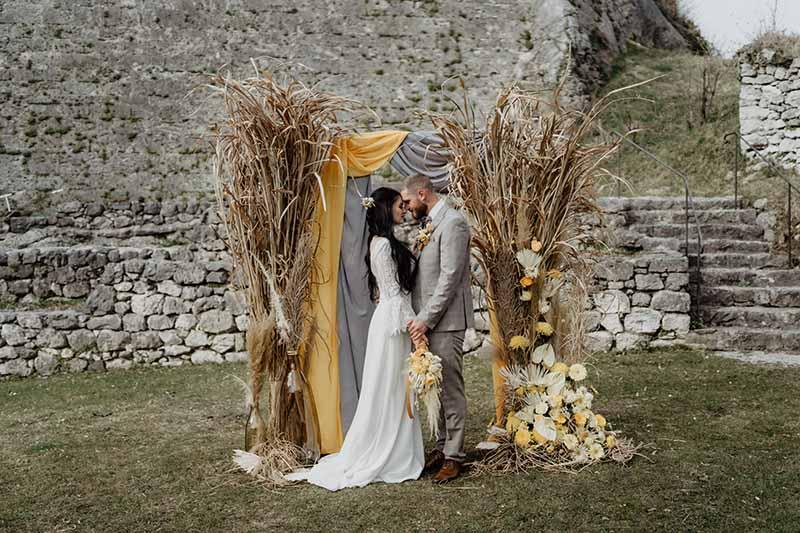 Hochzeit in Gelb & Grau auf der Festung Kufstein