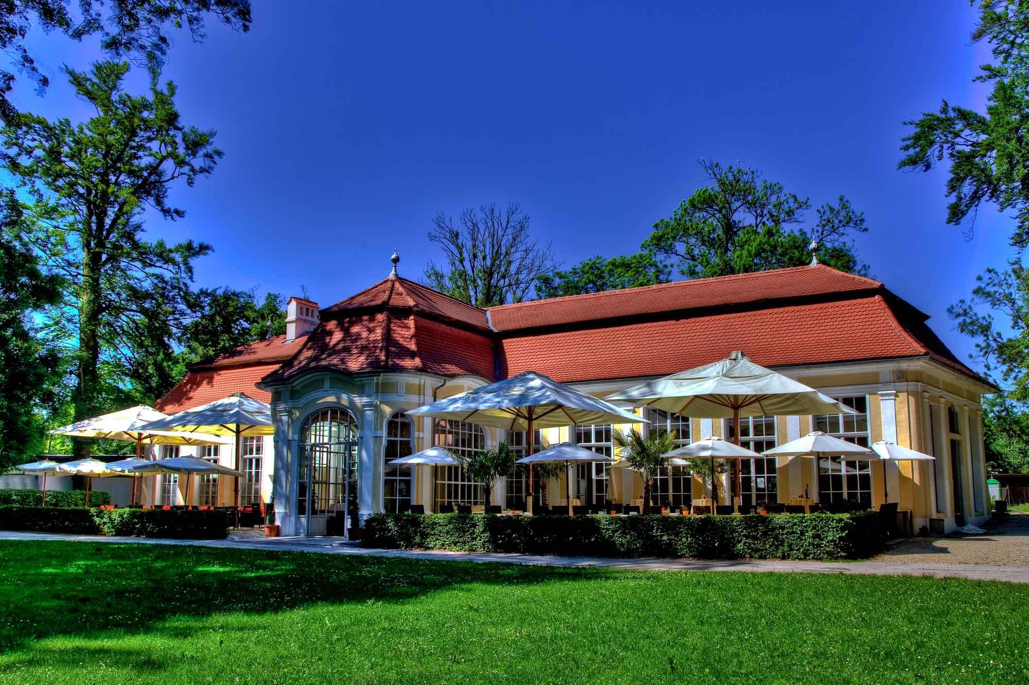 """Hochzeitslocation """"Orangerie im Schlosspark"""""""
