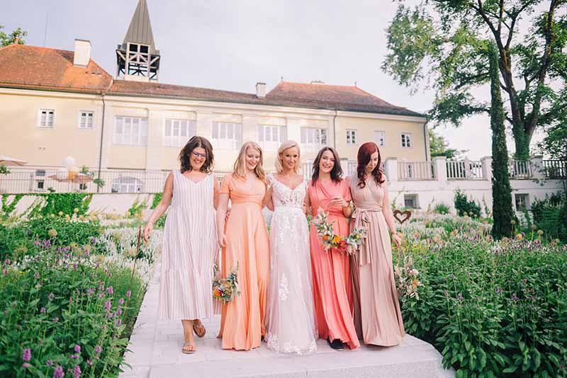 La Dolce Vita: Italienisch angehauchte Hochzeit im Schloss Vasoldsberg