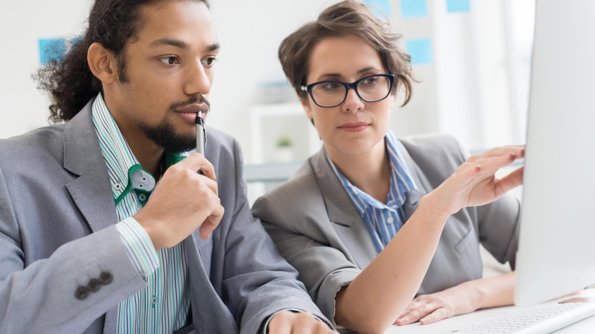 An advisor with the client