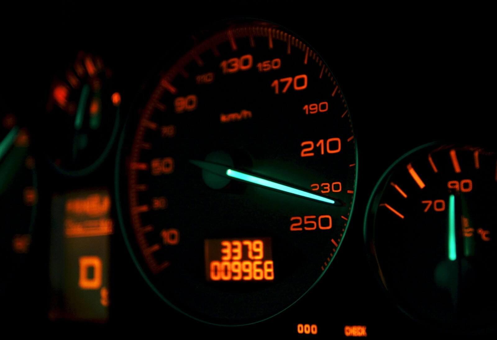 arnaque au compteur kilométrique voiture