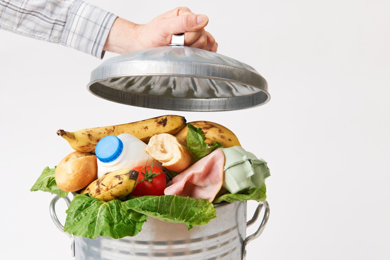 Gıdadaki israfı gösteren temsili bir görsel