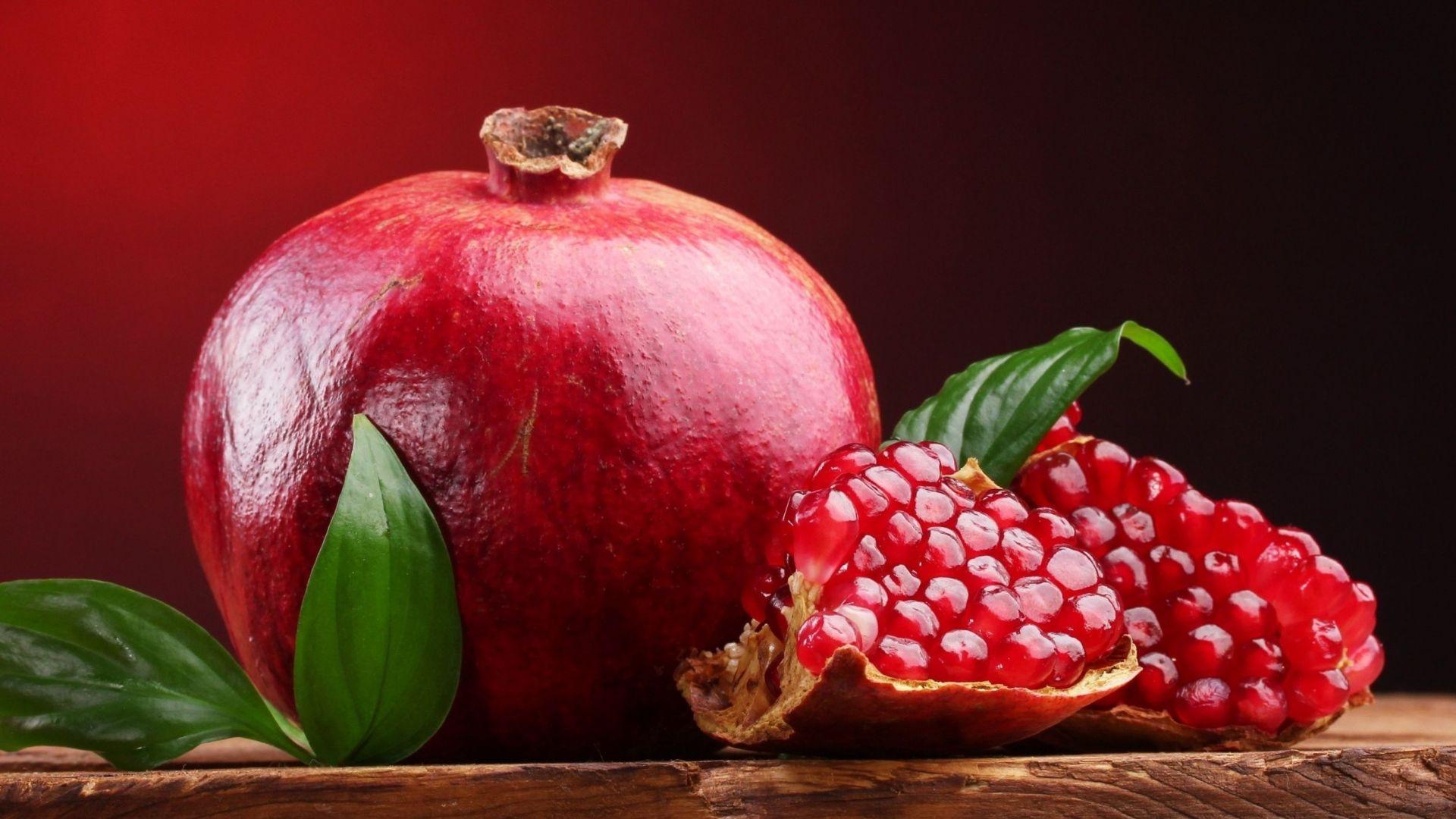 Akdeniz ülkelerinin önemli meyve türlerinden olan nar (Punicagranatum L.); bilinen en eski meyve türlerinden olup, yetiştiricilik geçmişinin M.Ö. 3000 yıl öncesine kadar dayandığı belirtilmektedir.
