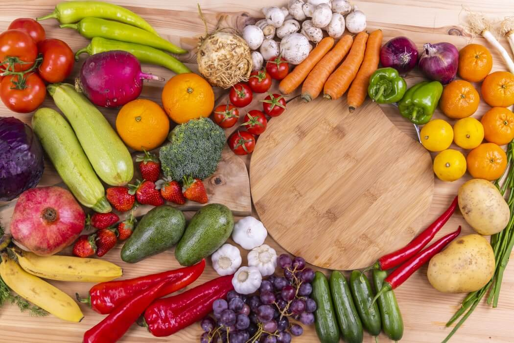 Birleşmiş Milletler Genel Sekreteri António Guterres, 2021 yılının BM Genel Kurul kararı doğrultusunda Uluslararası Meyve ve Sebze Yılı olarak kutlanacağını söyledi.