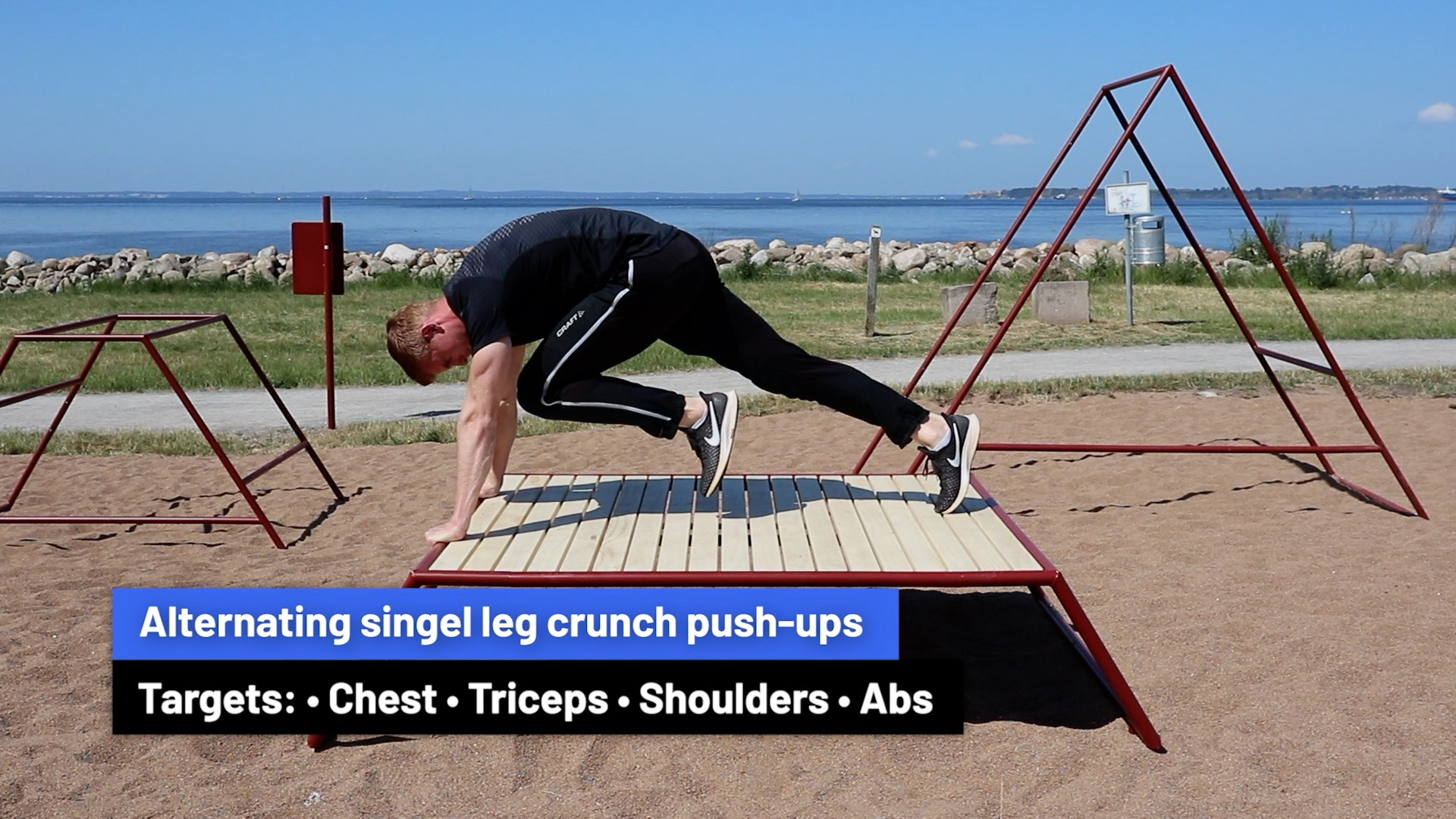Alternating single leg crunch push-ups