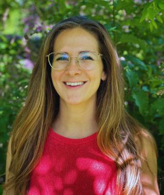 Dr. Lauren Summerton headshort