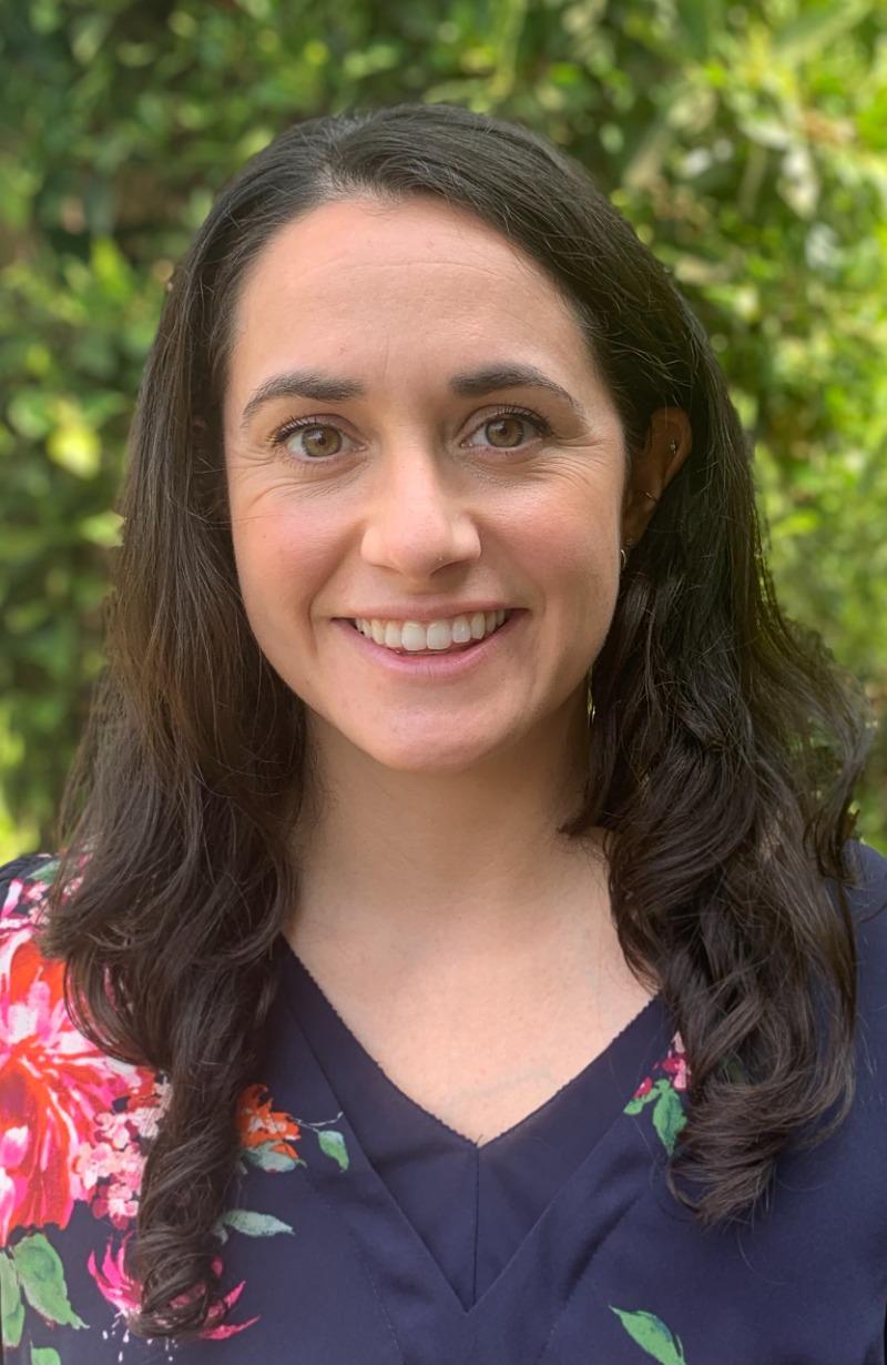 Dr. Johanna Isaac headshot