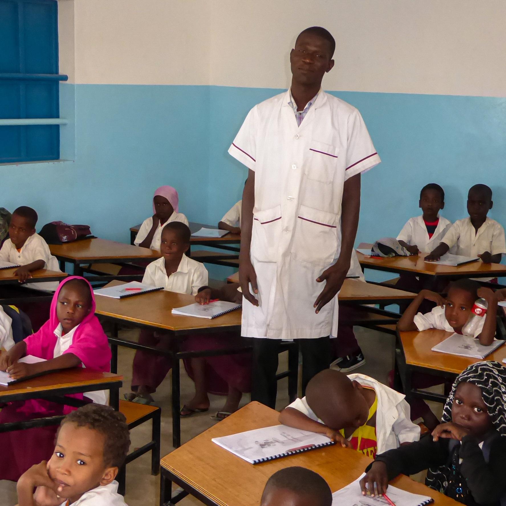 Übungshefte Mathe und Französisch für zehn Schüler/innen