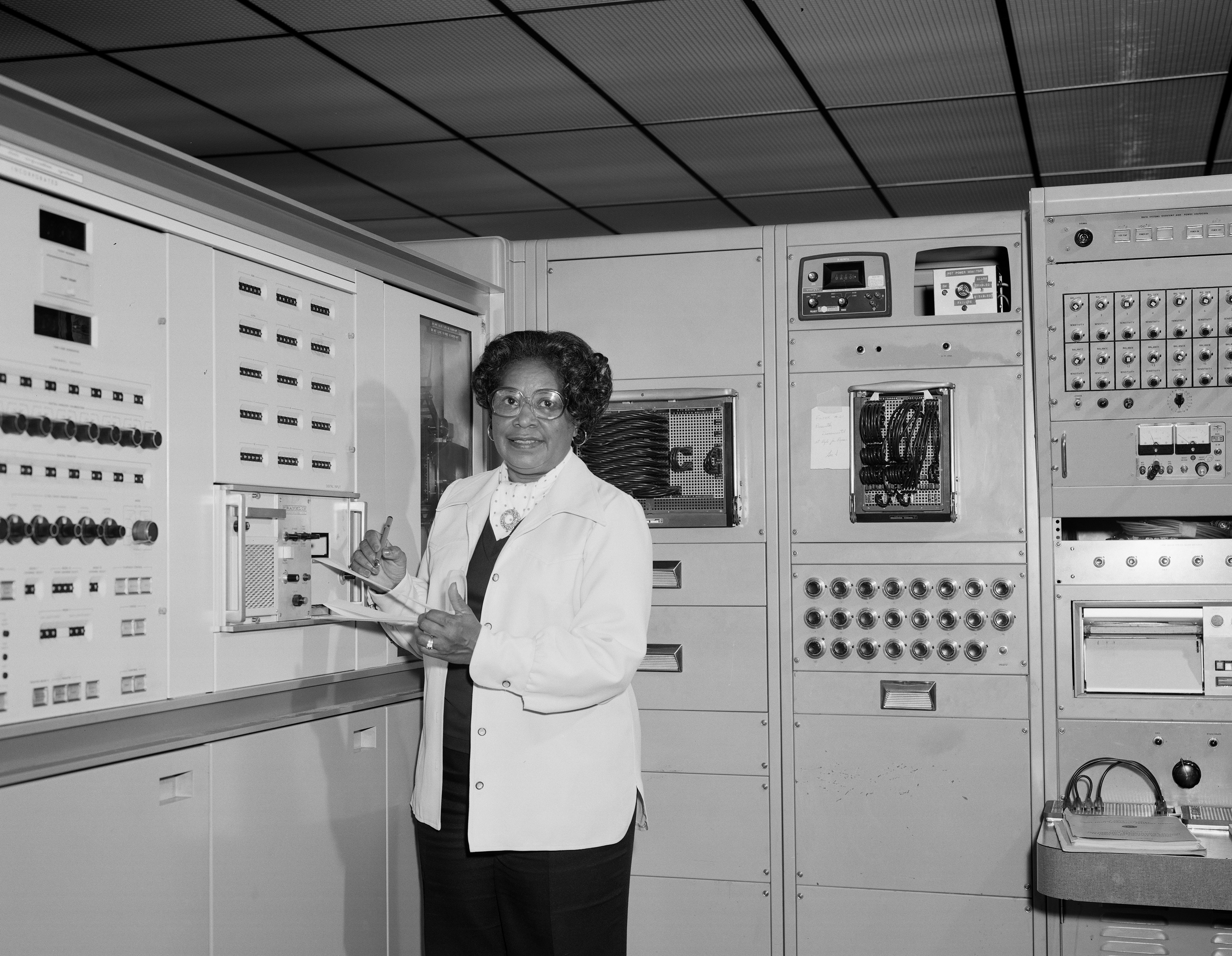 Mary Jackson working at NASA's Langley Research Centre