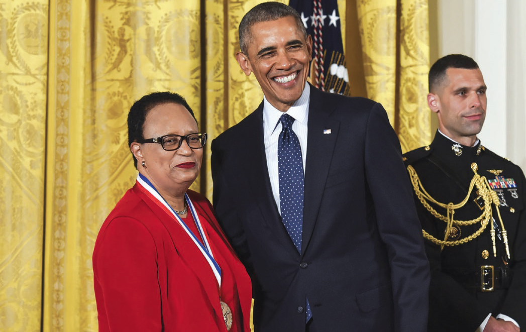 Shirley Ann Jackson with Barak Obama receiving medal of science