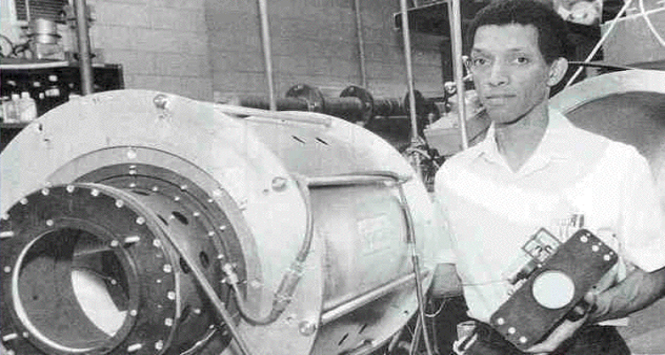 George Robert Carruthers: Inventor of the far-ultraviolet camera and  spectrograph - Kentake Page