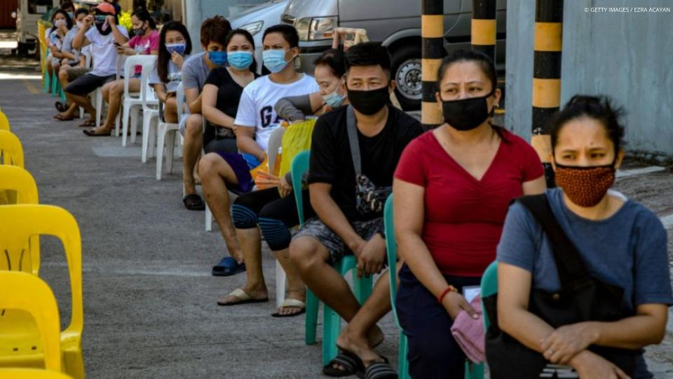 Free facemasks to all City and Barangay frontliners