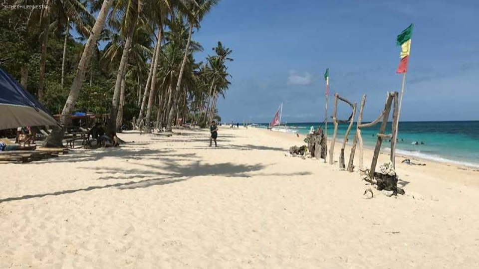 New guidelines for Boracay establishments, workers