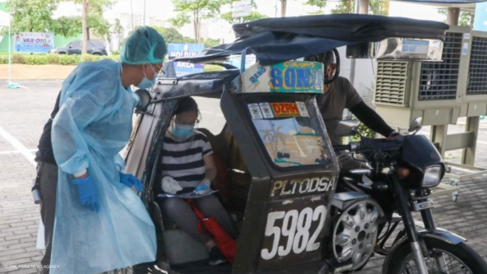LGU of Lala provides elderly free meals and rides to vaccination sites