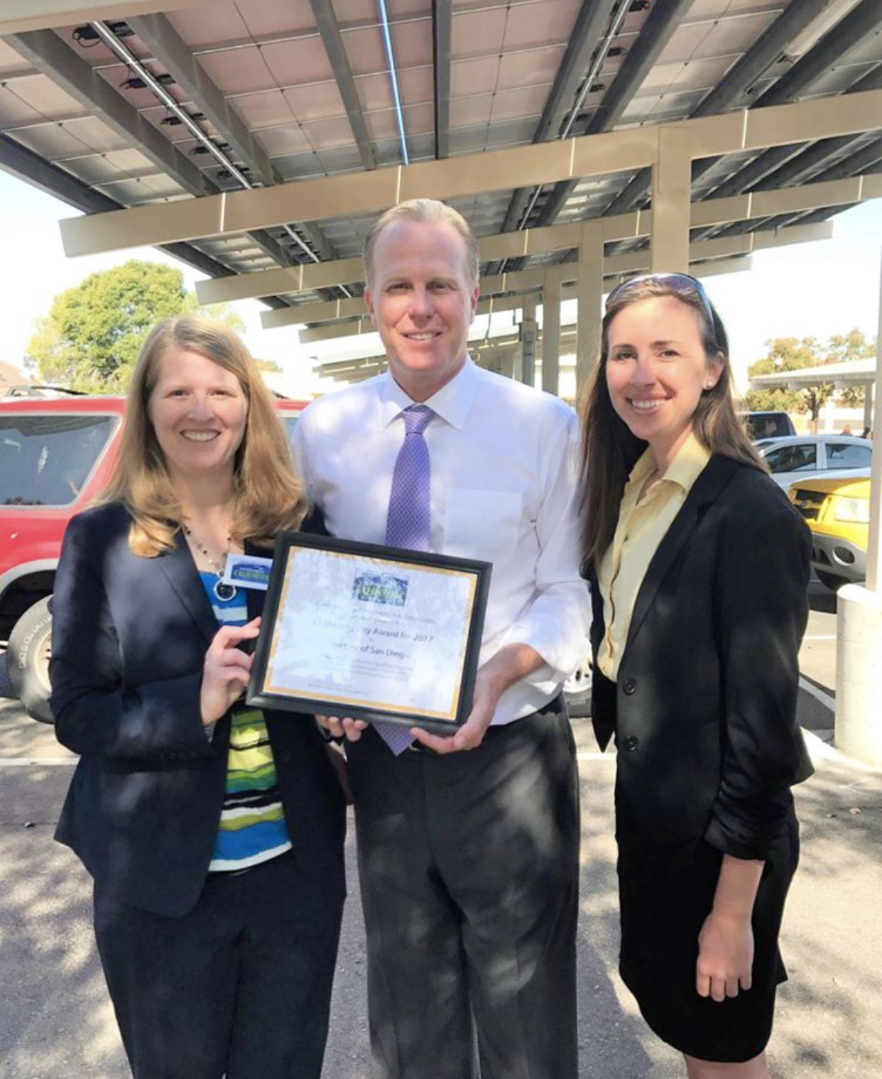 In 2017 Environment America named San Diego America's top solar city, and Michelle Kinman from Environment California presented San Diego Mayor Kevin Faulconer this recognition at a local press conference.
