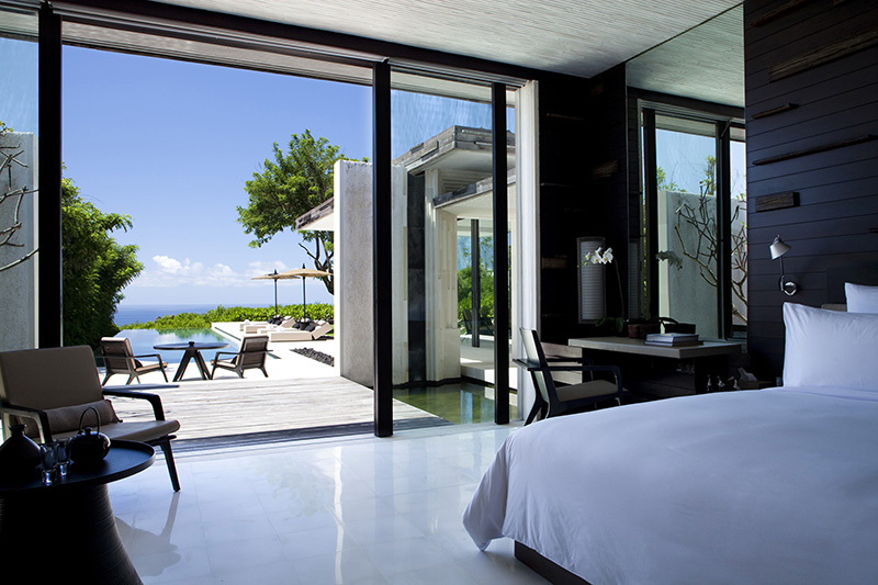 THREE-BEDROOM OCEAN VIEW CLIFF SIDE POOL VILLA