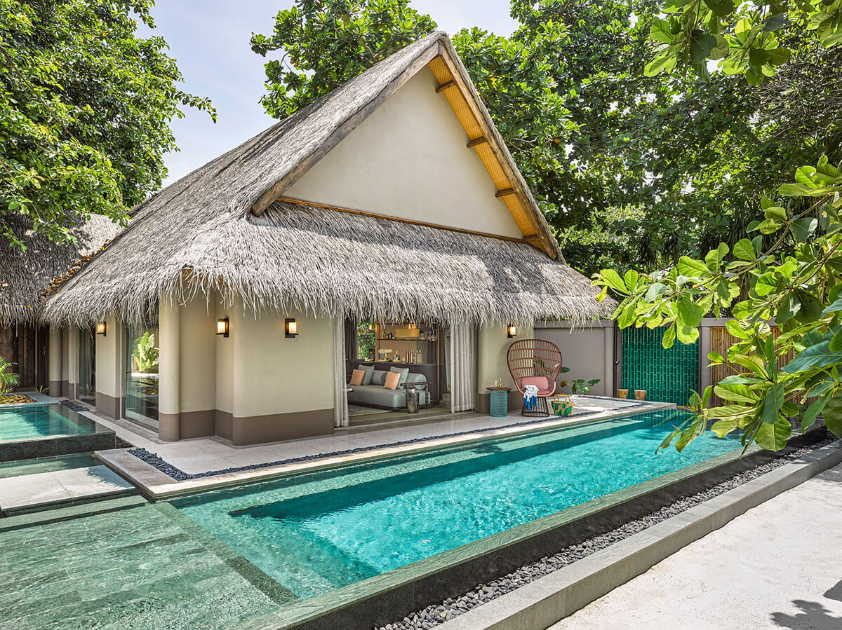 Beach Villa with pool