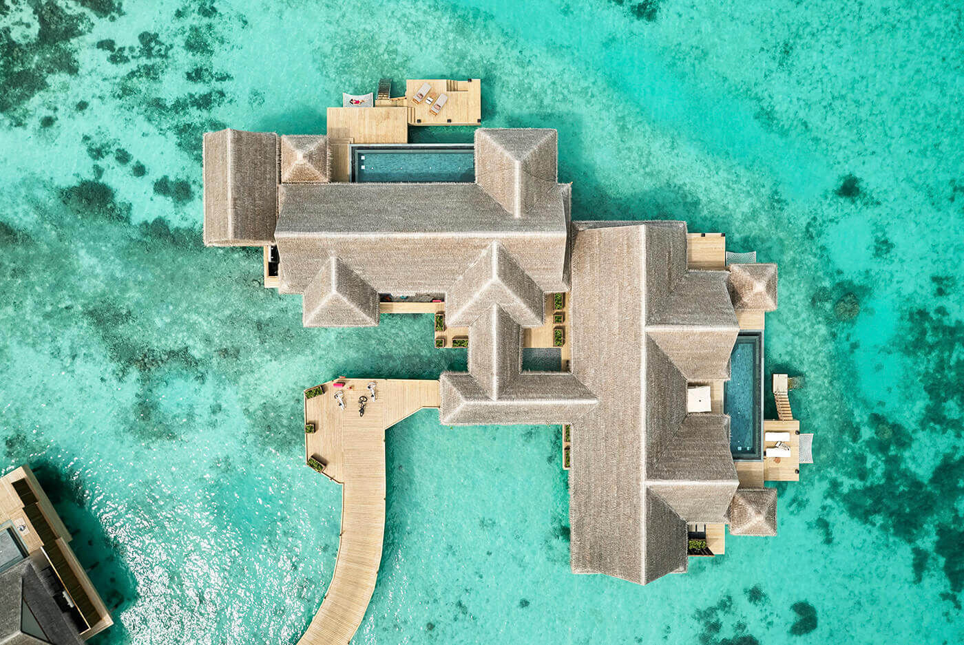 Three Bedrooms Ocean Residence with 2 pools