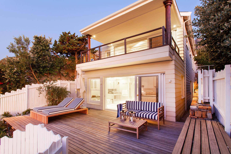Bakoven Beach House